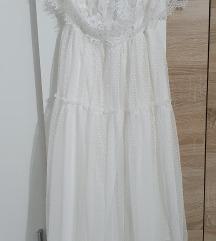 Bela čipkasta haljina