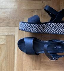 Sandale 38 velicina