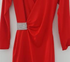 Vatreno crvena atraktivna haljina, KAO NOVA