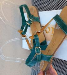 Pagona_kozne sandale br.38