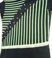 Crno-zelena majica na pruge