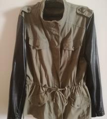 Maslinasto zelena jaknica