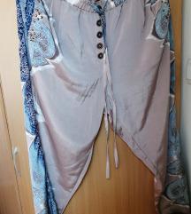 Cream svilenkaste pantalone 44