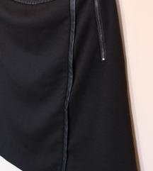 C&A suknja sa kožnim detaljima