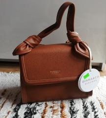 NOVA braon torba sa etiketom