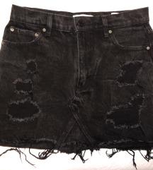 Crna teksas suknjica sada 1600 din (2000)