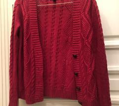 Crveni pleteni džemper