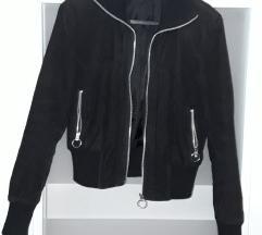 Crna somotska jakna