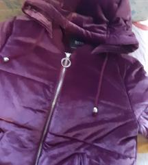 Savrsena plisana jakna M
