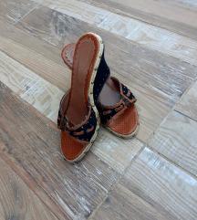 Papuče sa platfomom