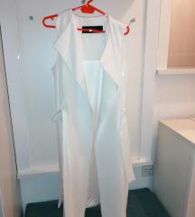 Zara beli prsluk nov samo 2500