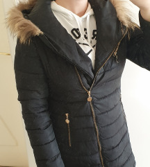 Please jakna sa pravim krznom