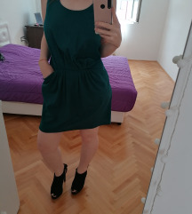 Zelena haljina bez ledja sa dzepovima