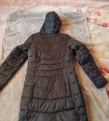 Nova esmara crna jakna za ovo vreme