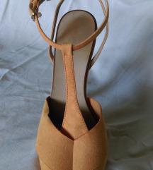 Zara narandzaste sandale