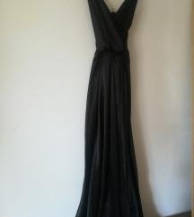 Duga crna haljina sa šlicem i bodijem ispod L