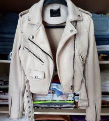 Bershka jakna, novo