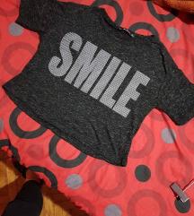 Majica kratka  Za vise stvari POPUST :)