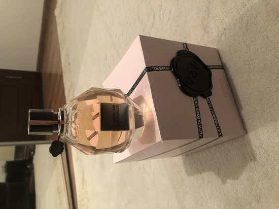 Viktor&rolf parfem original
