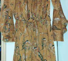 Prelepa cvetna haljina  1200 din