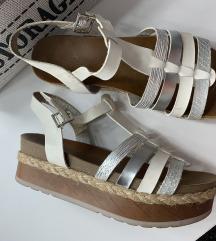 Safran kozne sandale bele 39