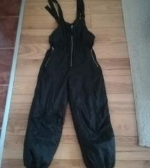 Crne ski pantalone na tregere 140