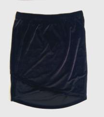 Crna plišana suknjica