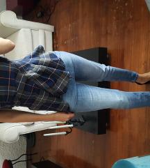 Zara karo majca