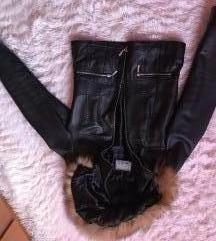 Crna kozna jakna sa prirodnim krznom