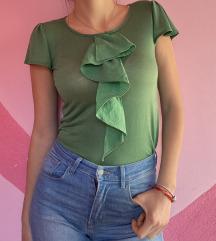Zelena uska majica sa karnerima