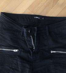 Pantalone crne S/M