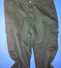 Moderne pantalone NOVO
