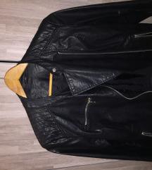 Stradivarius crna kozna jakna M