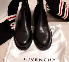 GIVENCHY STARS AND SOCKS- koža nove  sada 6800