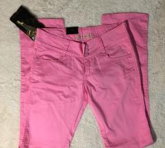 Pink pantalone - nove