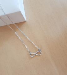 %🍀Infinitiv ogrlica srebrna+mindj.poklon