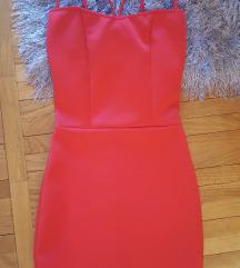 Crvena haljina univerzalna