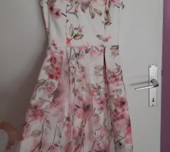 Bela haljina sa cvetovima svecana S/M vel