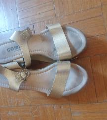 Preudobne sandale