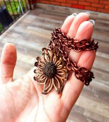 Vintage ogrlica sa brošem