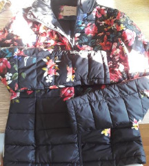 Prolecna cvetna jakna