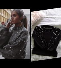 Crni džemper sa biserima kao Zara M