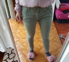 Pepe jeans maslinaste pantalone