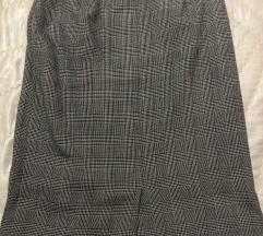Karirana suknja siva