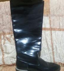 Zara crne cizme 40