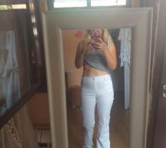 Bele pantalonice nove