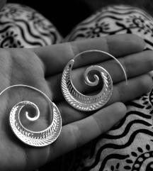 Rezzz spiralne srebrne minđuše