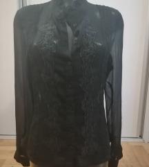 Crna providna elegantna savrsena kosuljica