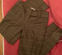 Nove kvalitetne pantalone