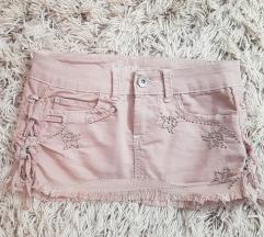 Dve suknje za 800 dinara